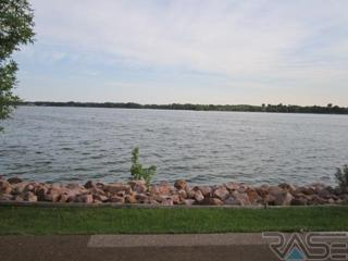 116 Best Point Dr, Madison, SD 57042 (MLS #21700938) :: Peterson Goff Real Estate Experts