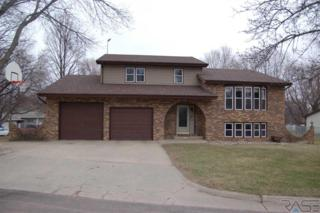 1212 N Orleans Ave, Dell Rapids, SD 57022 (MLS #21702277) :: Tyler Goff Group