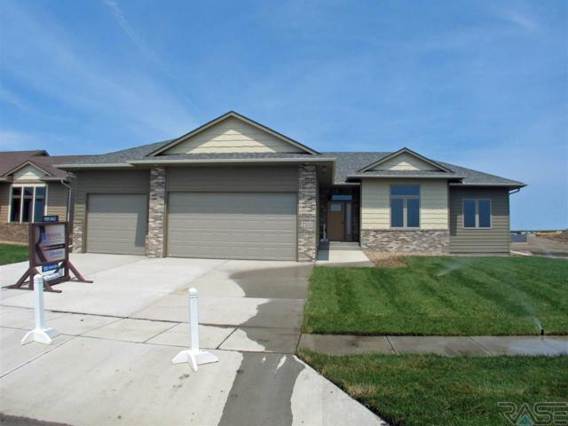 7100 E 40th St, Sioux Falls, SD 57110 (MLS #21803639) :: Tyler Goff Group