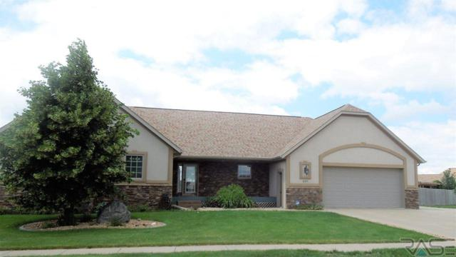 1005 Spencer Ln, Tea, SD 57064 (MLS #21705175) :: Tyler Goff Group