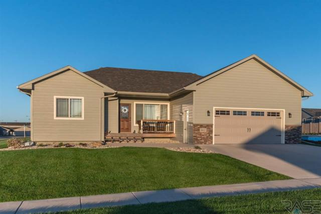 3917 S Linedrive Ave, Sioux Falls, SD 57108 (MLS #21706572) :: Tyler Goff Group