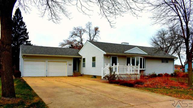 305 S 4th Ave, Brandon, SD 57005 (MLS #21707145) :: Tyler Goff Group