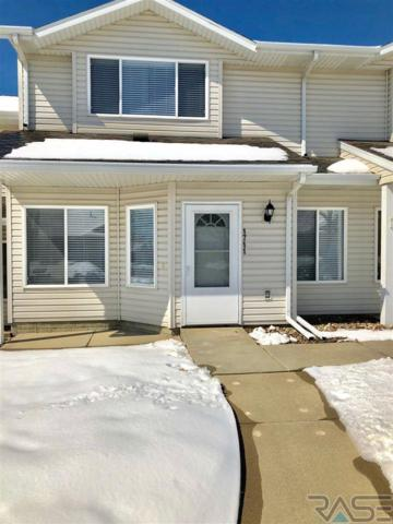 1711 S Campbell Trl, Sioux Falls, SD 57106 (MLS #21802093) :: Tyler Goff Group