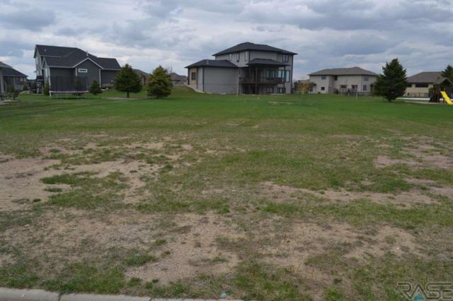 2608 W Sudbury St, Sioux Falls, SD 57108 (MLS #21802538) :: Tyler Goff Group
