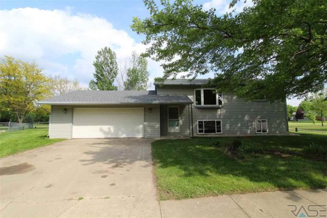 3816 S Morrow Dr, Sioux Falls, SD 57106 (MLS #21802947) :: Tyler Goff Group