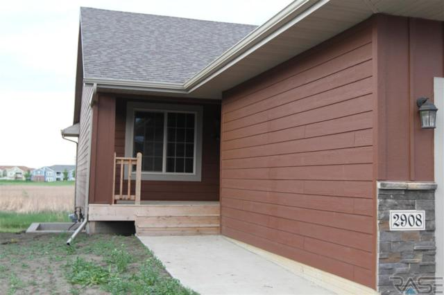 2908 S Keyrell Dr, Sioux Falls, SD 57106 (MLS #21802991) :: Tyler Goff Group