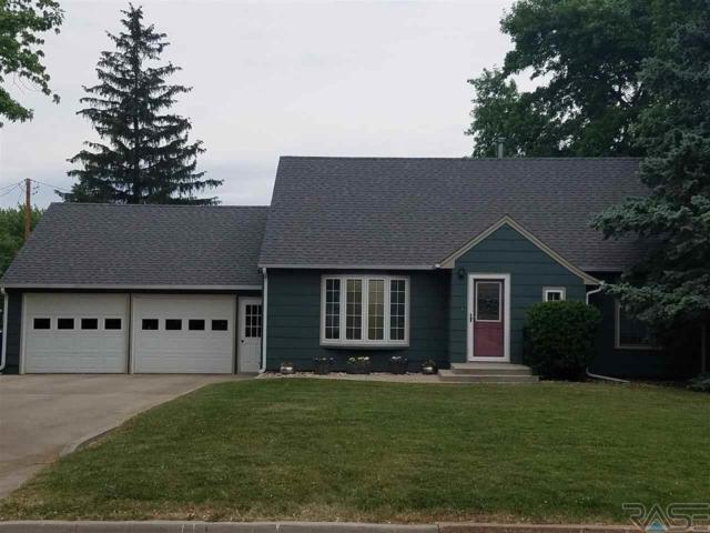 320 E Lincoln Ave, Salem, SD 57058 (MLS #21803202) :: Tyler Goff Group