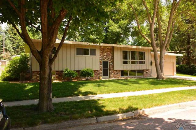 2900 S Robin Dr, Sioux Falls, SD 57105 (MLS #21803206) :: Tyler Goff Group