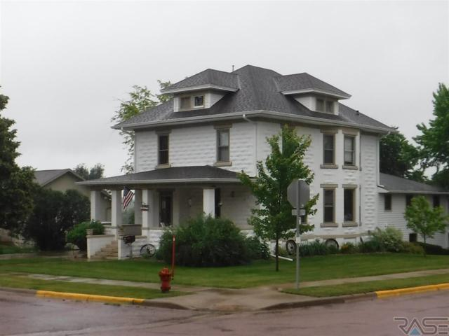 1103 E 3rd St, Canton, SD 57013 (MLS #21803673) :: Tyler Goff Group