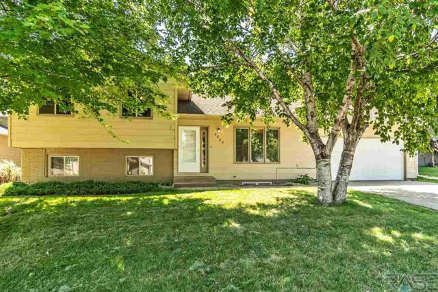 2805 S Pepper Ridge Ave, Sioux Falls, SD 57103 (MLS #21804189) :: Tyler Goff Group