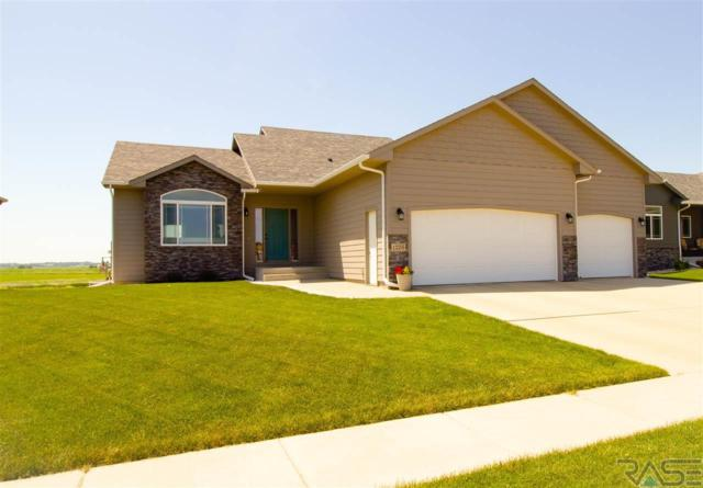 1205 S Gill Ave, Sioux Falls, SD 57106 (MLS #21804282) :: Tyler Goff Group