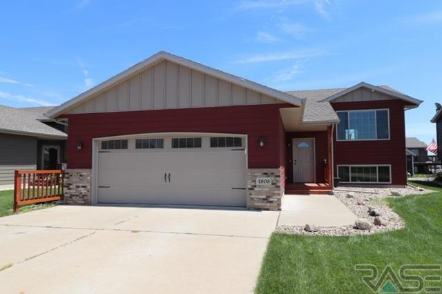 4808 S Tribbey Trl, Sioux Falls, SD 57106 (MLS #21804395) :: Tyler Goff Group