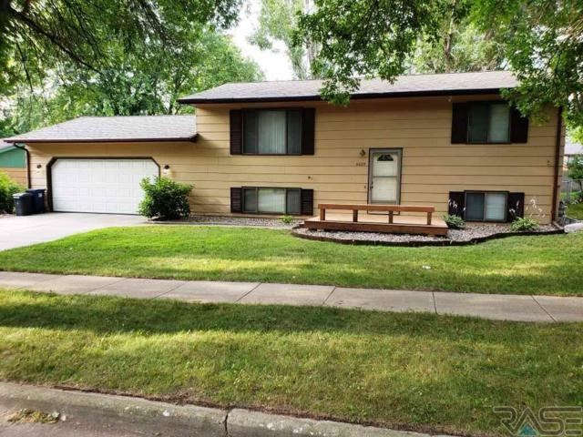 5009 E 15th St, Sioux Falls, SD 57110 (MLS #21804639) :: Tyler Goff Group