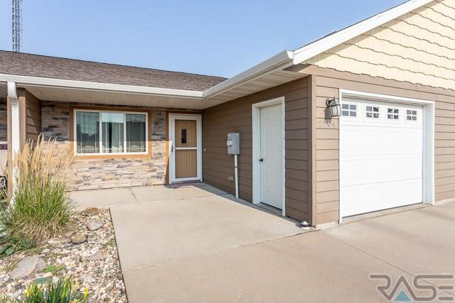 2204 S Marybeth Ave, Sioux Falls, SD 57106 (MLS #21805002) :: Tyler Goff Group