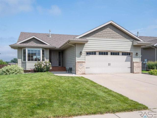 7908 W Wilson Dr, Sioux Falls, SD 57106 (MLS #21805093) :: Tyler Goff Group