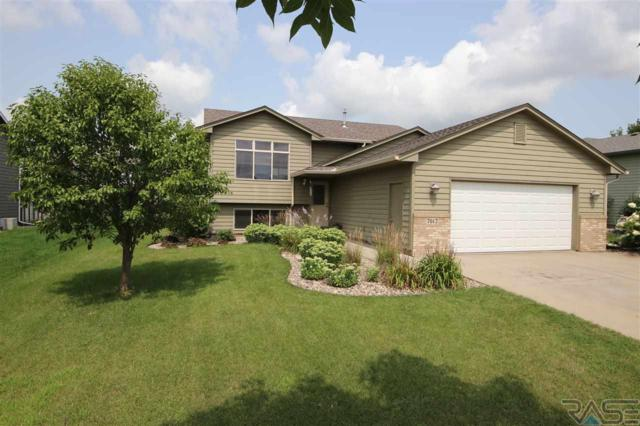 7612 W Strabane St, Sioux Falls, SD 57106 (MLS #21805124) :: Tyler Goff Group