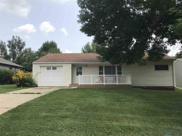 164 S Walnut Ave, Parker, SD 57053 (MLS #21805168) :: Tyler Goff Group