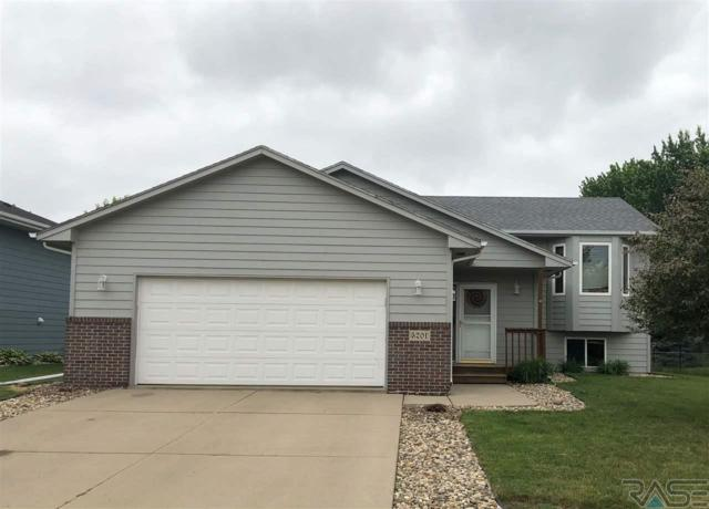 5201 S Sarmar Ave, Sioux Falls, SD 57106 (MLS #21805171) :: Tyler Goff Group