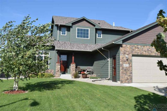 1601 S Kinderhook Ave, Sioux Falls, SD 57106 (MLS #21805698) :: Tyler Goff Group