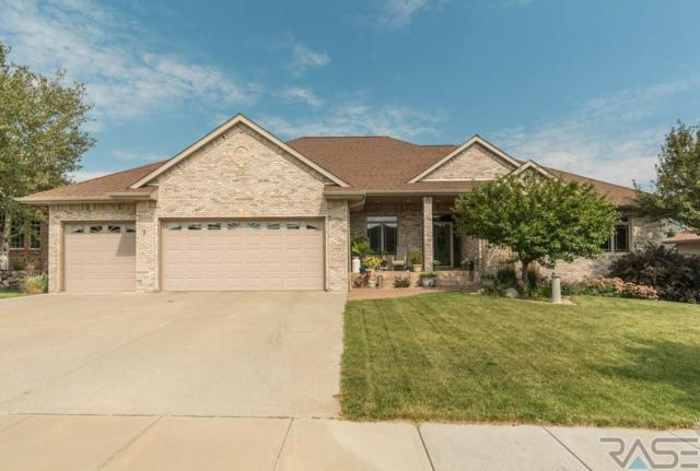 1908 W River Bluff Dr, Brandon, SD 57005 (MLS #21806043) :: Tyler Goff Group