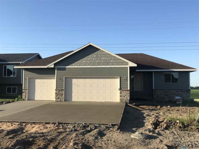 4421 W 93rd St, Sioux Falls, SD 57108 (MLS #21806171) :: Tyler Goff Group