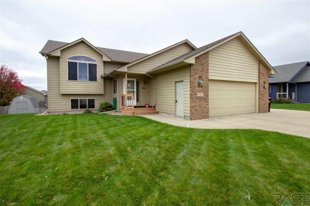 7701 W Emily St, Sioux Falls, SD 57106 (MLS #21806368) :: Tyler Goff Group