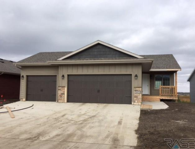 2624 S Keyrell Dr, Sioux Falls, SD 57106 (MLS #21806430) :: Tyler Goff Group