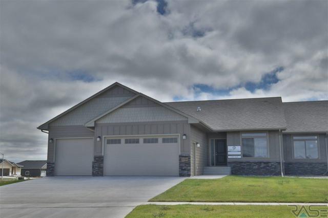2709 W Oak Hill Dr, Sioux Falls, SD 57108 (MLS #21806453) :: Tyler Goff Group