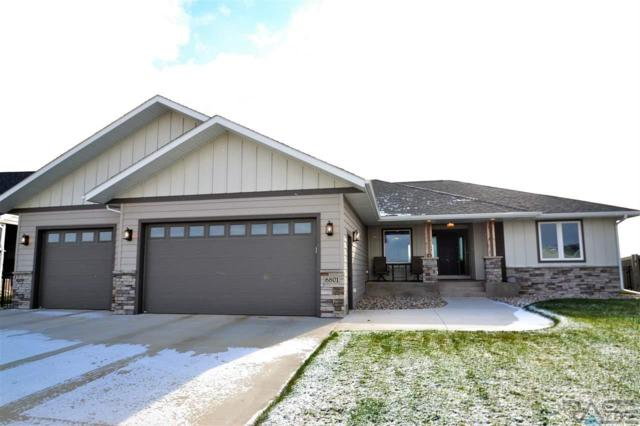 6801 E Dugout Ln, Sioux Falls, SD 57110 (MLS #21807006) :: Tyler Goff Group