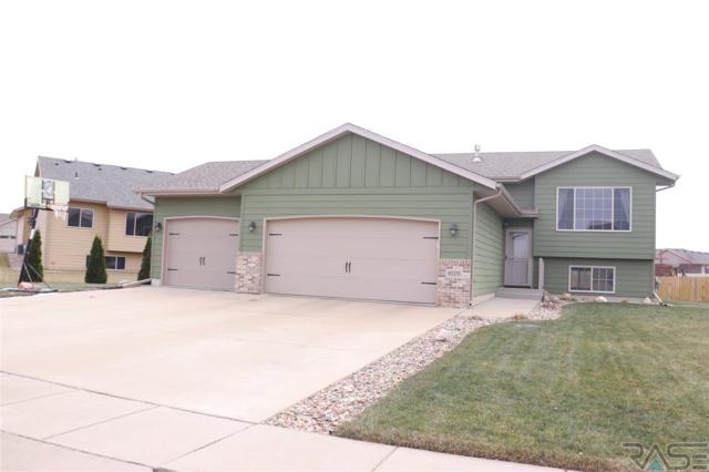 9205 W Norma Trl, Sioux Falls, SD 57106 (MLS #21807021) :: Tyler Goff Group