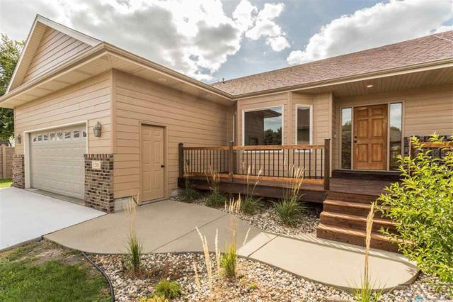 5203 S Summerfield Pl, Sioux Falls, SD 57108 (MLS #21807194) :: Tyler Goff Group
