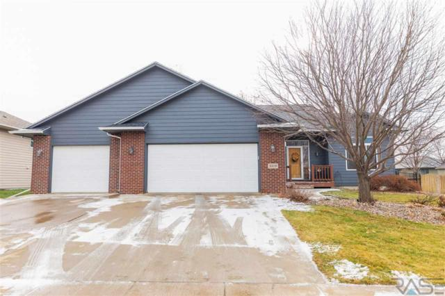 2009 E 62nd St, Sioux Falls, SD 57108 (MLS #21807270) :: Tyler Goff Group