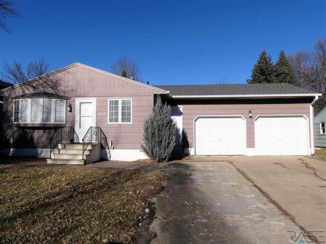 5612 W Bluestem St, Sioux Falls, SD 57106 (MLS #21807452) :: Tyler Goff Group