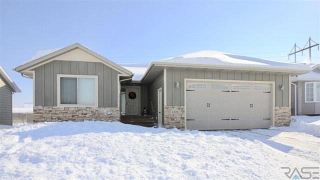 4208 S Galway Ave, Sioux Falls, SD 57106 (MLS #21900817) :: Tyler Goff Group