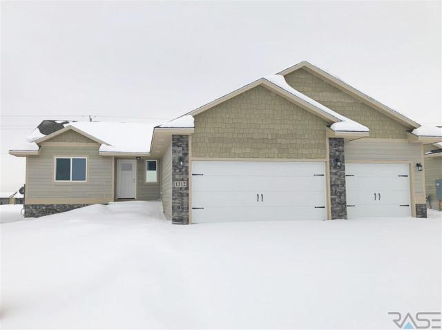 1312 S Keva Ave, Sioux Falls, SD 57106 (MLS #21900829) :: Tyler Goff Group