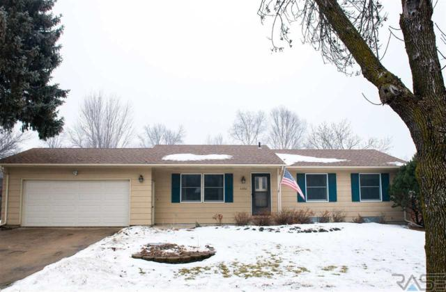 4404 S Highland Ave, Sioux Falls, SD 57103 (MLS #21900831) :: Tyler Goff Group