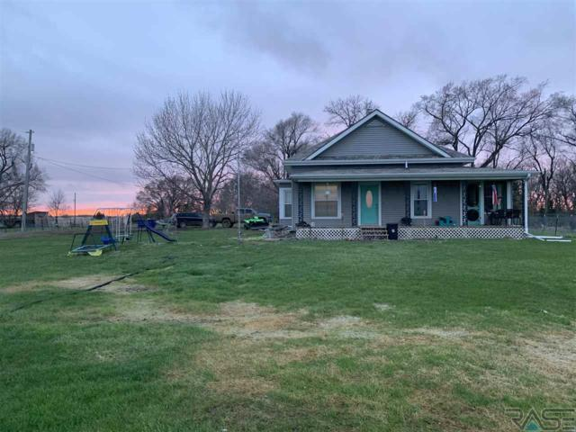 30445 437th Ave, Yankton, SD 57078 (MLS #21902031) :: Tyler Goff Group
