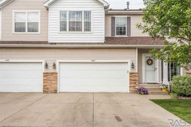 3209 Ralph Rogers Rd, Sioux Falls, SD 57108 (MLS #21903861) :: Tyler Goff Group