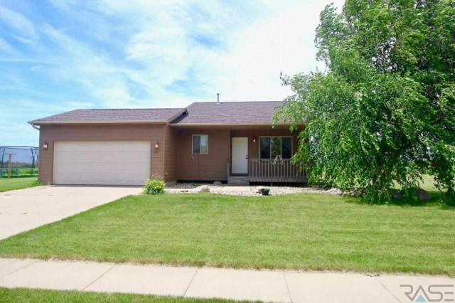 801 S Almond Ave, Harrisburg, SD 57032 (MLS #21904628) :: Tyler Goff Group