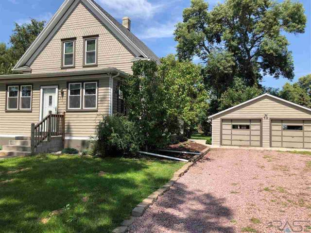 730 6th St, Alexandria, SD 57311 (MLS #21905581) :: Tyler Goff Group