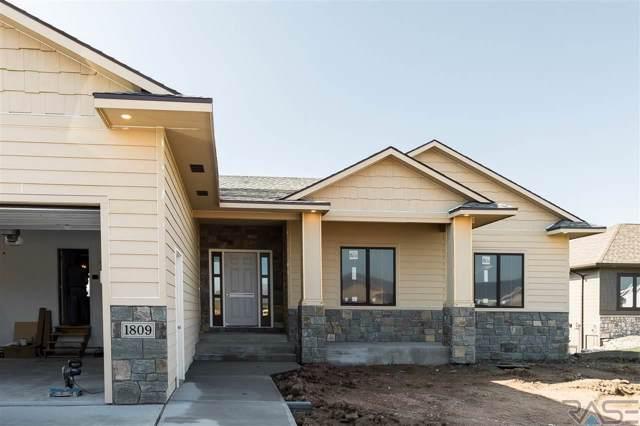 1809 W Gray Gables Cir, Sioux Falls, SD 57108 (MLS #21905676) :: Tyler Goff Group