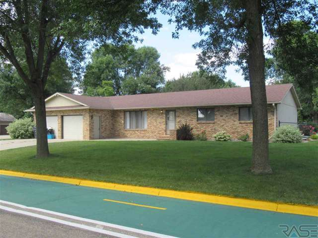 502 James St, Luverne, MN 56156 (MLS #21905686) :: Tyler Goff Group