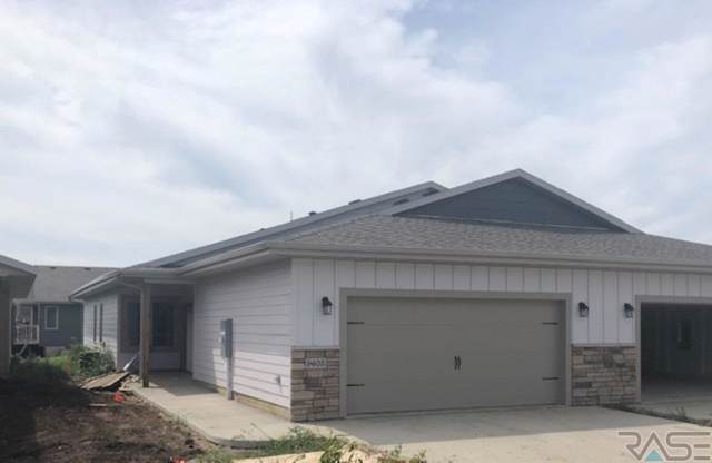 9605 W Broek Dr, Sioux Falls, SD 57106 (MLS #21905714) :: Tyler Goff Group