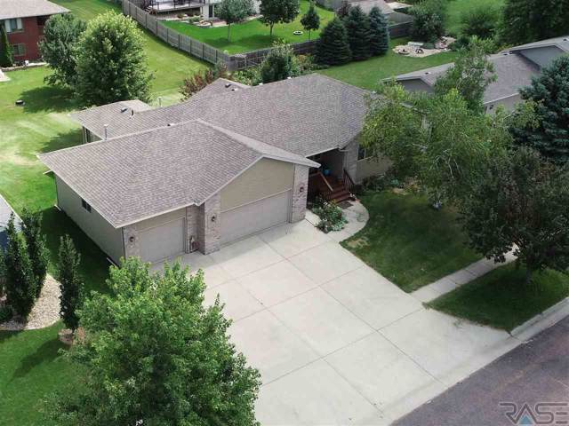 806 Birdie Dr, Dell Rapids, SD 57022 (MLS #21905722) :: Tyler Goff Group