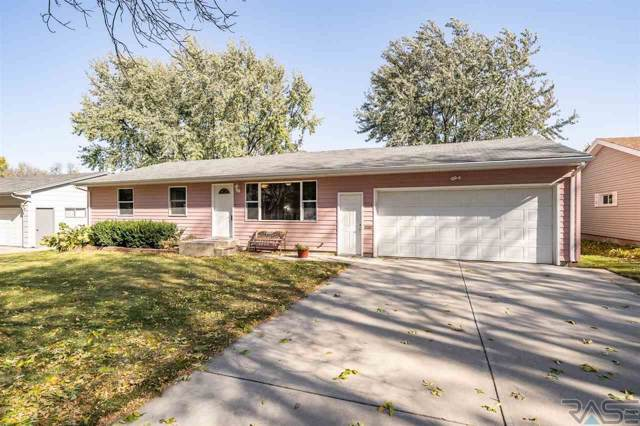 704 S Gardner Dr, Sioux Falls, SD 57103 (MLS #21907066) :: Tyler Goff Group