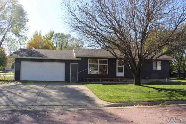 109 E Elm St, Harrisburg, SD 57032 (MLS #21907070) :: Tyler Goff Group