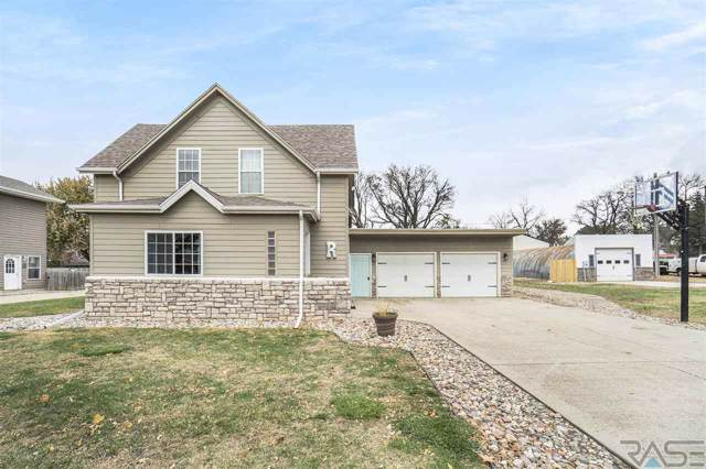 120 E Clay St, Irene, SD 57037 (MLS #21907561) :: Tyler Goff Group