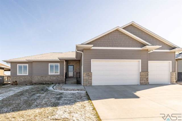 7916 S Pinewood Ave, Sioux Falls, SD 57108 (MLS #21907600) :: Tyler Goff Group