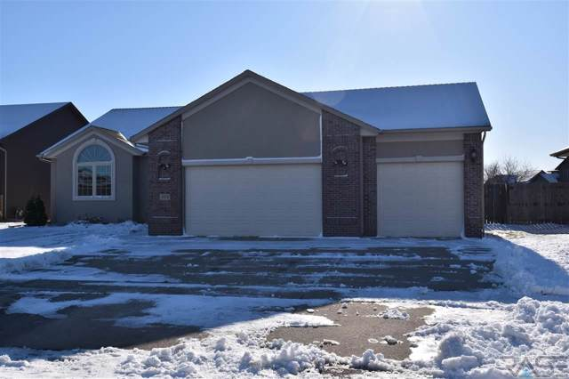 405 W 7th St W W, Tea, SD 57064 (MLS #21907893) :: Tyler Goff Group