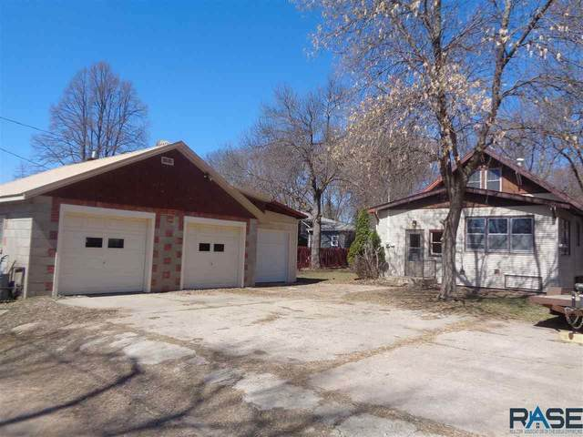 209 E 8th St, Dell Rapids, SD 57022 (MLS #22001858) :: Tyler Goff Group